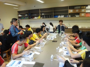 Hands-on science workshops on molecular biology and weather studies
