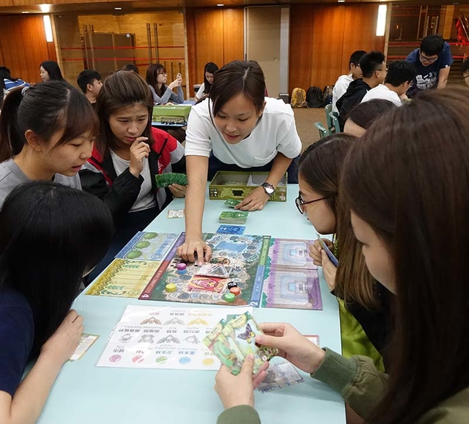 First science board game workshop at Lingnan manifests game